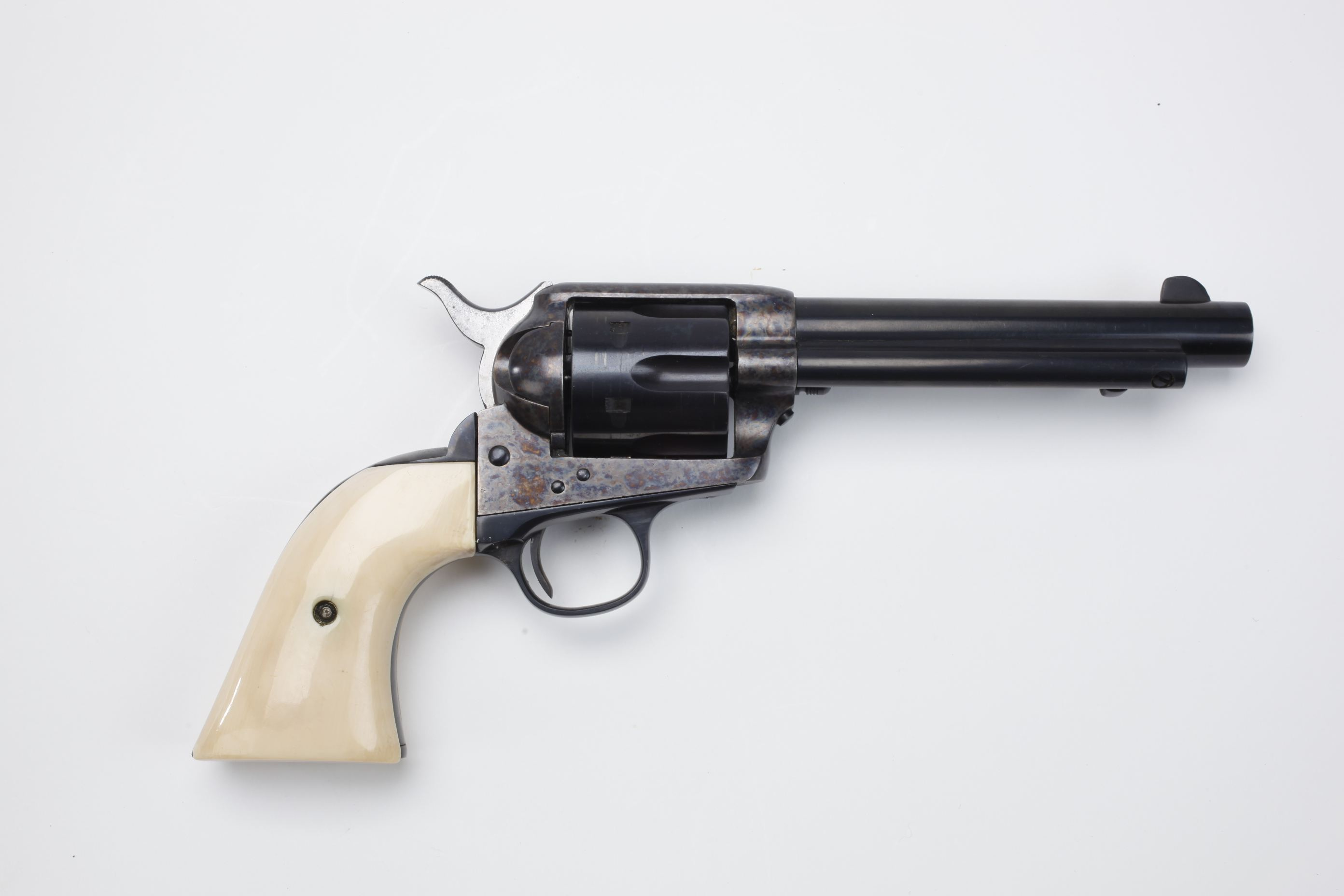 Colt SAA Peacemaker (1)