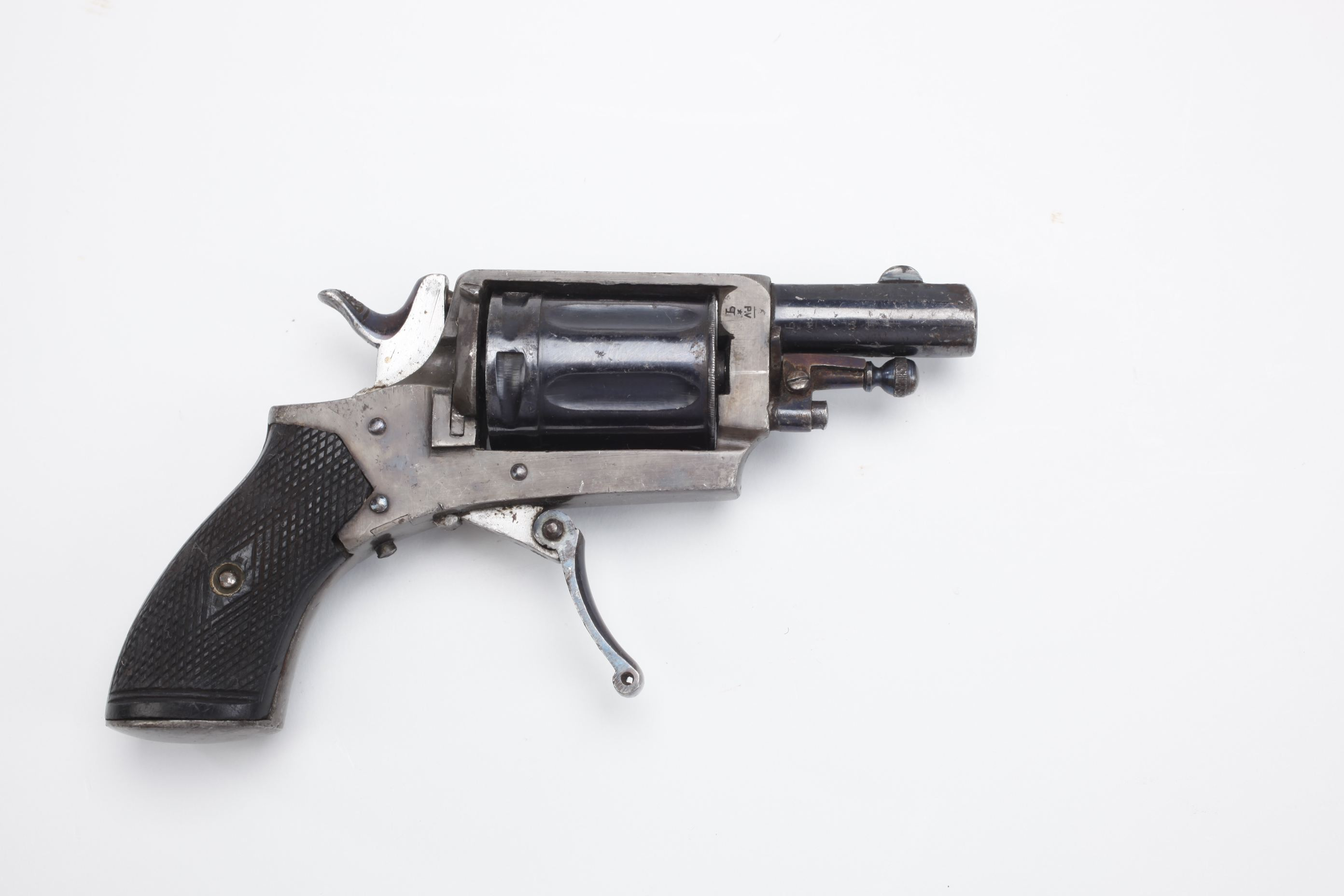 French Velo Dog revolver