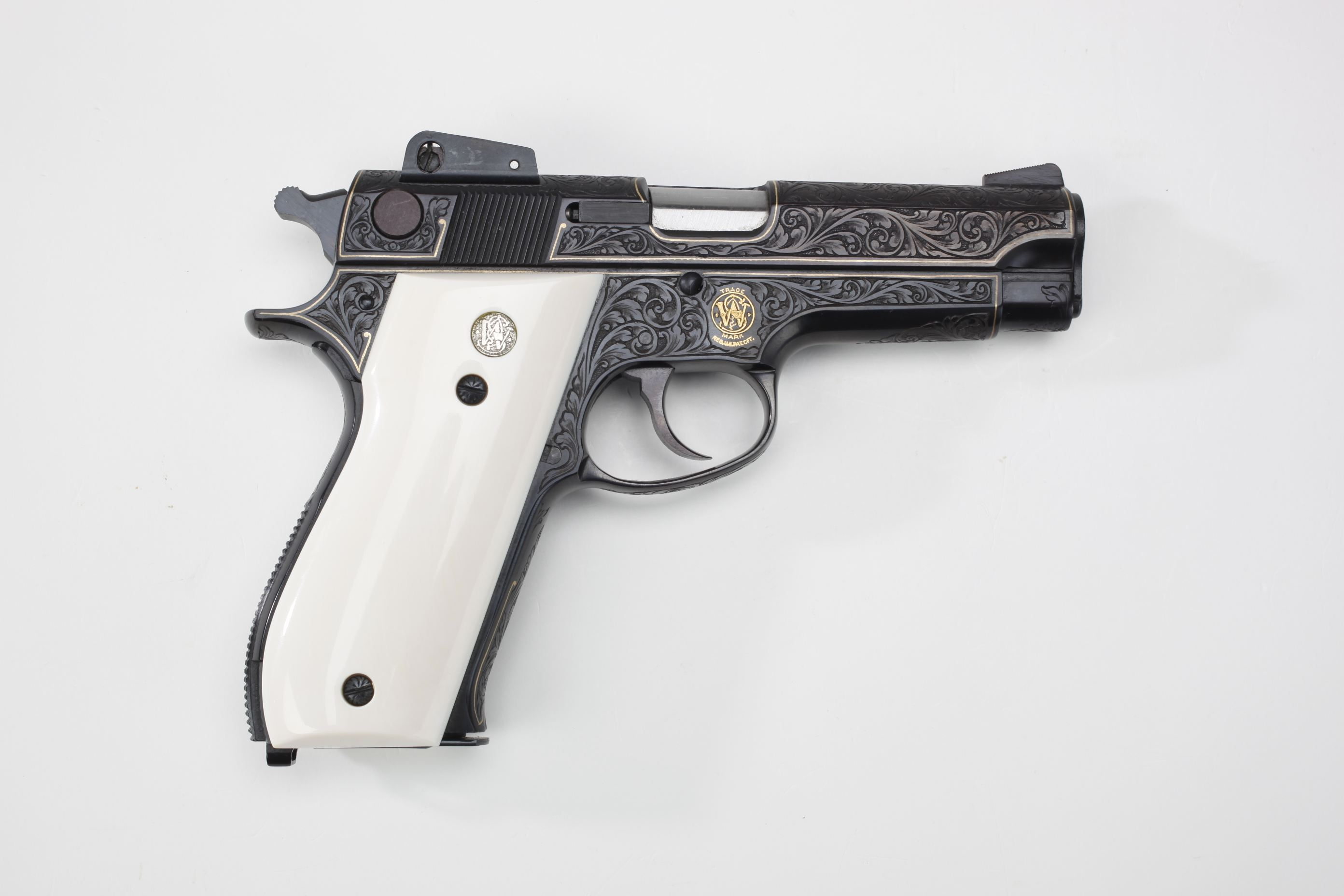 Smith & Wesson (Springfield, MA) Model 539 Semi-Automatic Pistol