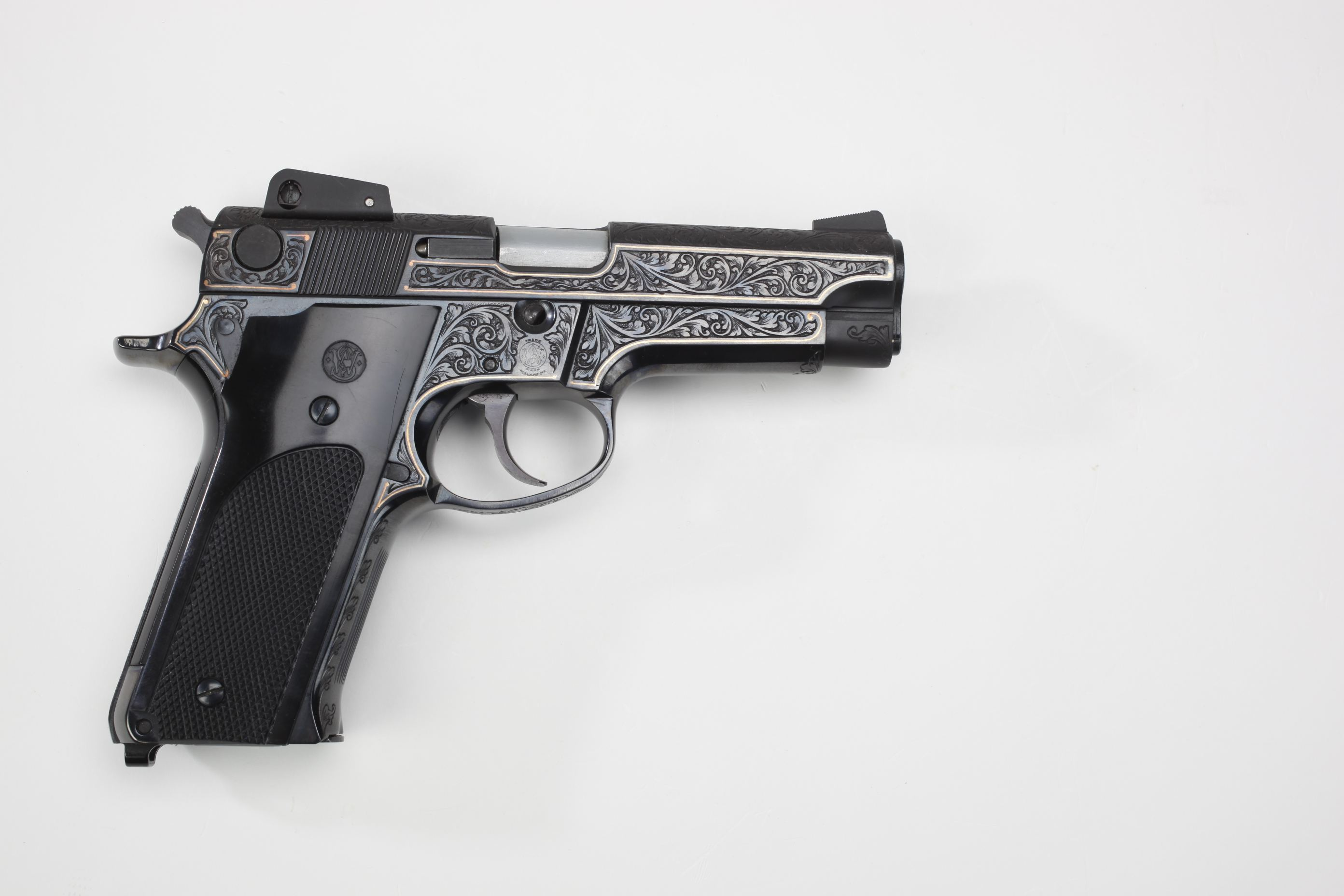 Smith & Wesson (Springfield, MA) Model 559 Semi-Automatic Pistol