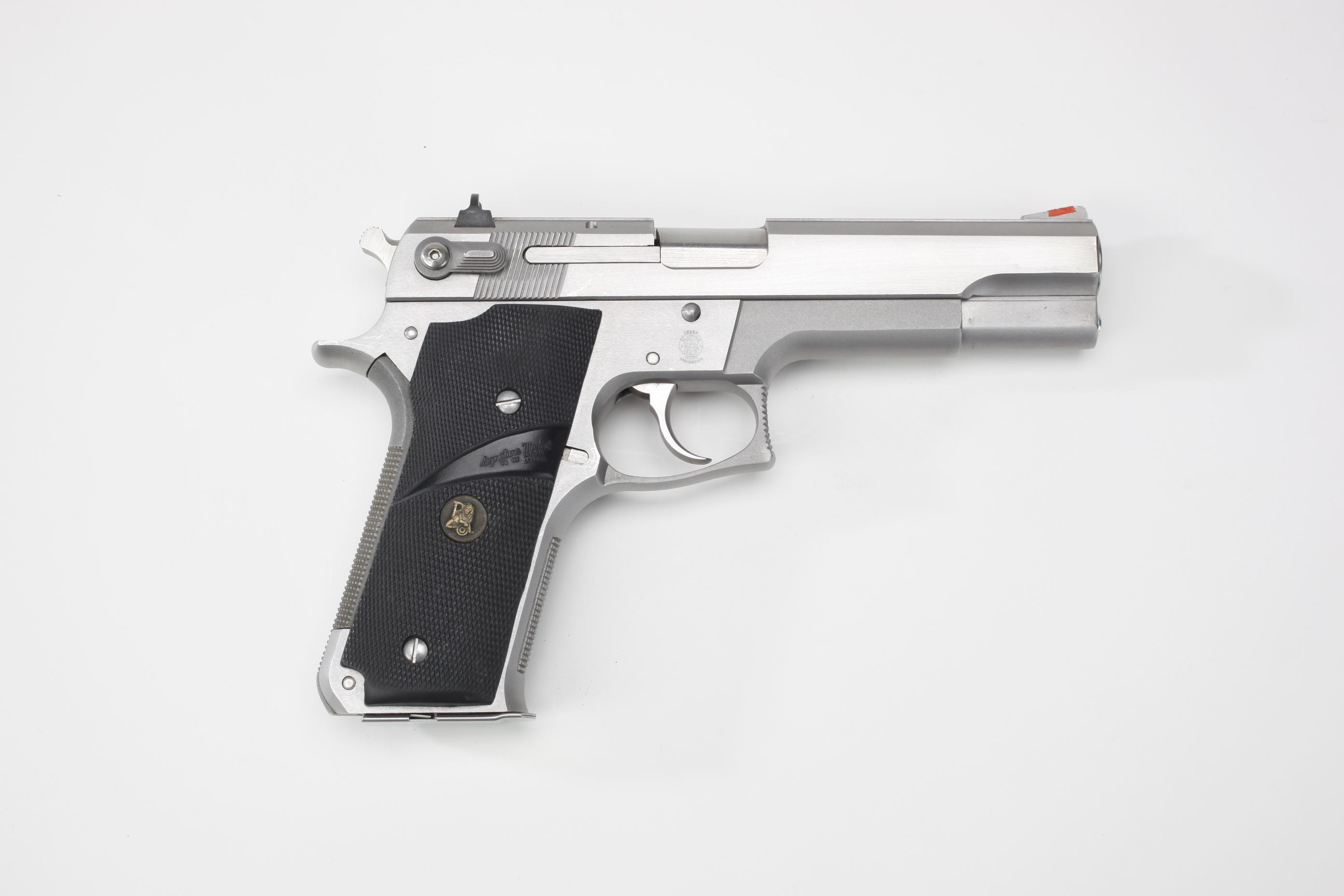 Smith & Wesson Model 645 Double Action Semi Automatic Pistol